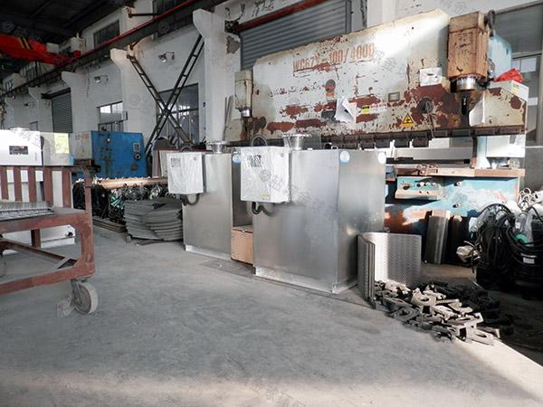 后厨大室内自动排水三仓式隔油池的尺寸